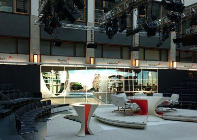 LED-Screen_sB2HB_Fernsehstudio_3